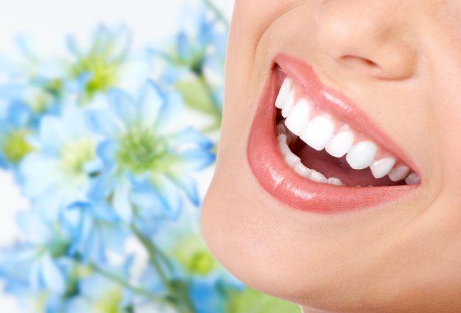 Un zambet frumos nu este numai pentru adolescenti