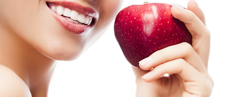 Care este pretul unui implant dentar si ce este acesta